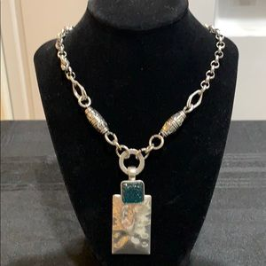 NWT Silver toned necklace/pendant teal stones